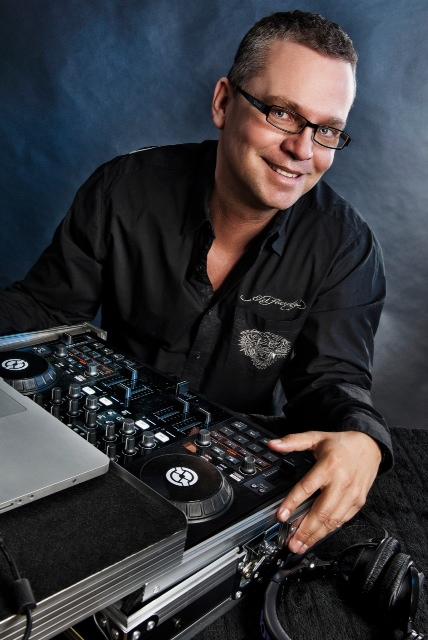 DJ Sunnybell